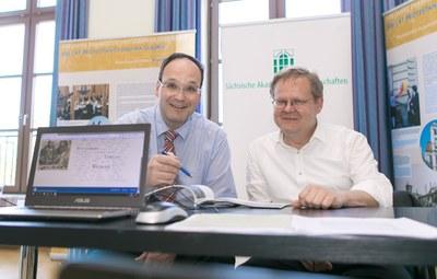 Freuen sich auf die Besucher - Dr. Stefan Michel und Dr. Christian Winter