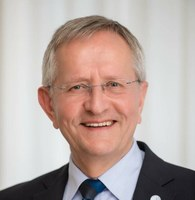 Ehrenprofessortitel der Lomonossow-Universität für Akademiemitglied Bernd Meyer