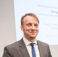 """Junges Forum-Mitglied Tilman Leisegang  zum """"Highly Qualified Specialist"""" berufen"""