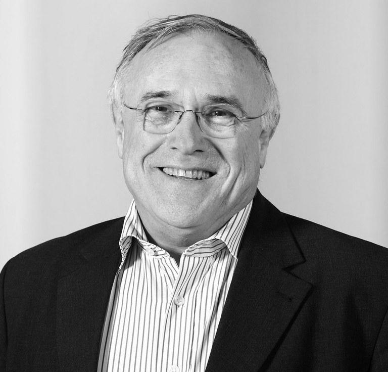 Karl-Ziegler-Preis für Chemie geht an SAW-Mitglied Klaus Müllen