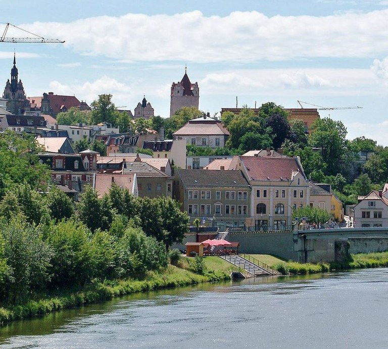 Bernburg. Foto: Joeb07 via Wikimedia Commons [CC BY 3.0 ], https://commons.wikimedia.org/wiki/File%3ABernburg.jpg