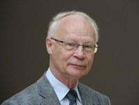 Sächsischer Verdienstorden an Ehrenmitglied Hans Joachim Meyer verliehen