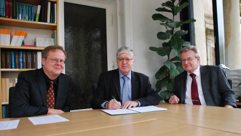 Professor Rudersdorf stiftet Promotionspreis für Geschichte