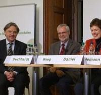 Umkämpfte Erinnerung – wie mit Geschichte Politik gemacht wird – Podiumsdiskussion zum Nachhören
