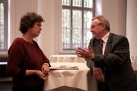 Unirektorin Schücking im Gespräch mit Hans Wiesmeth