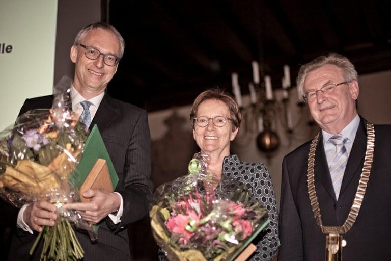 Prof. Annette Zippelius und Prof. Karl Leo erhielten die Ostwald-Medaille 2017